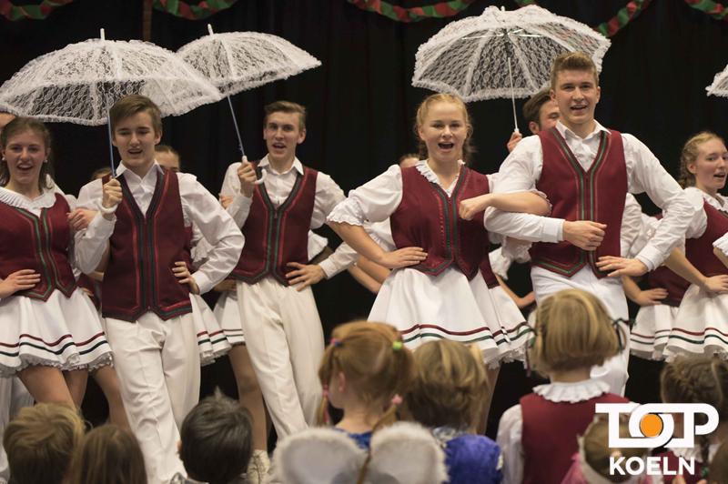 """Die """"Flöhe"""" begeisterten mit ihrem Tanz"""
